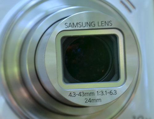 Объектив Samsung Galaxy S4 Zoom