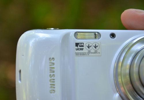 Вспышка Samsung Galaxy S4 Zoom