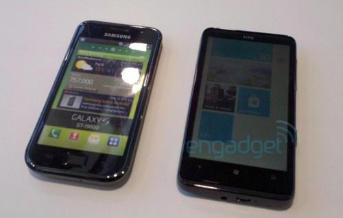 смартфон HTC HD7 и Samsung Galaxy S (Самсунг Galaxy S)