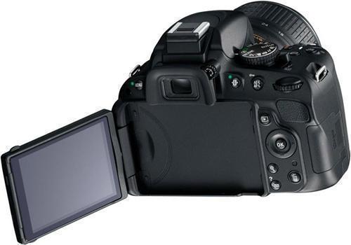 фотокамера Nikon D5100 (вид сзади)