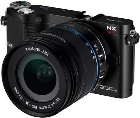 фотокамера Samsung NX200