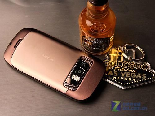 Nokia C7 (Нокиа С7) (задняя панель)