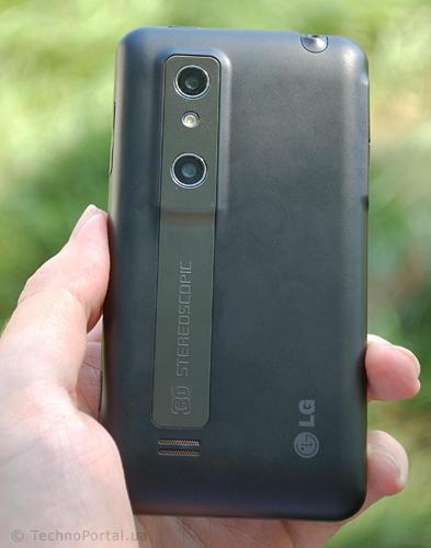 LG Optimus (Элджи Оптимус), вид сзади